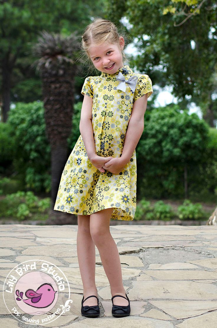 PDF sewing pattern Laura's dress and tunic - 12 mths to 10 yrs - 2 collar options, Peter Pan and rolled collar, short puff-top sleeves di TheLilyBirdStudio su Etsy https://www.etsy.com/it/listing/183216831/pdf-sewing-pattern-lauras-dress-and