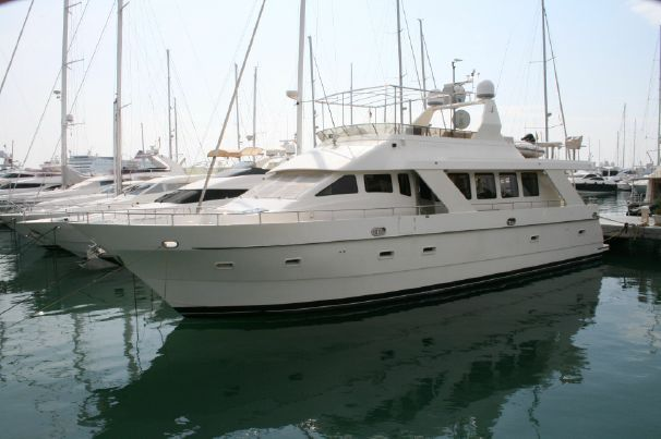 Trader 70 Superyacht - http://boatsforsalex.com/trader-70-superyacht/ -                                 US$1,255,500  Year: 2000Length: 70'Engine/Fuel Type: SingleLocated In: Mallorca, SpainHull Material: FiberglassYW#: 76326-2464464Current Price: £750,000 Tax Paid (US$1,255,500) Remarkable styling and qualitywith a great layout ...