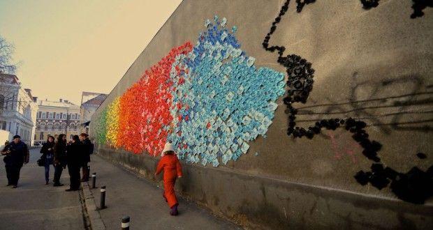 FOTO: Clujul invadat de peste 15.000 piese de Origami | deCluj.ro | Stiri din Cluj, Ziar din Cluj, de Cluj