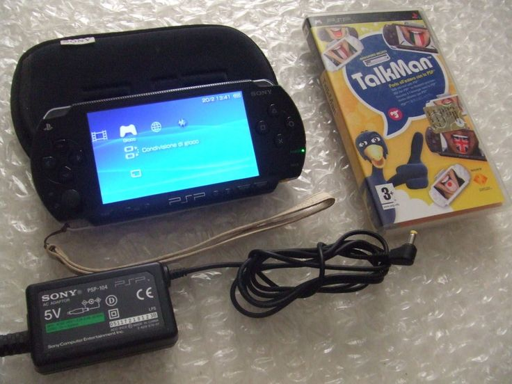 PSP 1004 - Playstation Portable + ACCESSORI e gioco TALKMAN + microfono