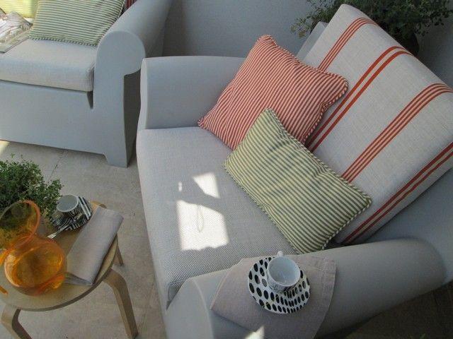 #PascalDelmotte #interiordesign #design #decorating #residentialdesign #homedecor #colors #decor #designidea #terrace #chairs #pillows #decanter