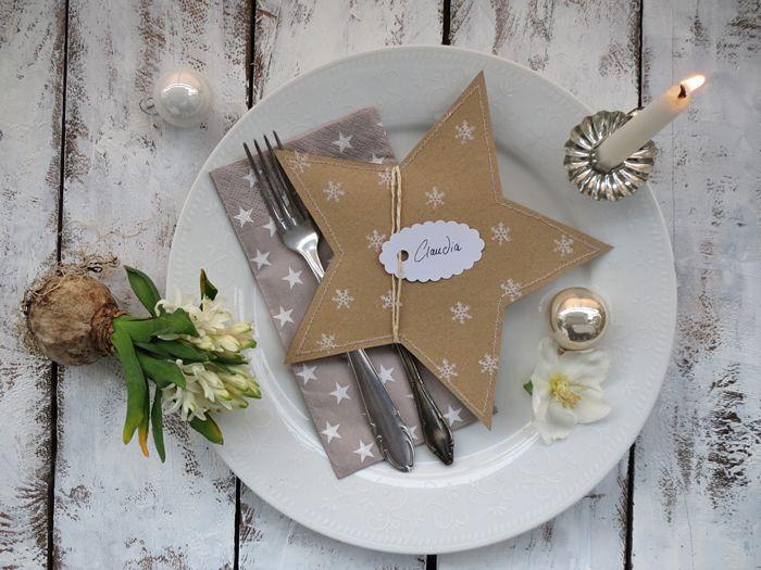 tablesetting christmas xmas decorations winter December Paper stars hansicraft DIY tablecard