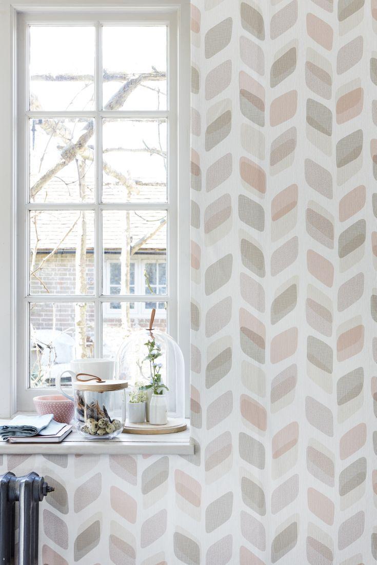 Pretty pastel geometric wallpaper design.