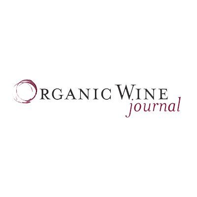 """What is Organic Wine? In the United States, wines labeled """"organic"""" cannot contain added sulfites. Wines that have added sulfites, but are otherwise organic, are labeled """"wine made from organic grapes."""""""