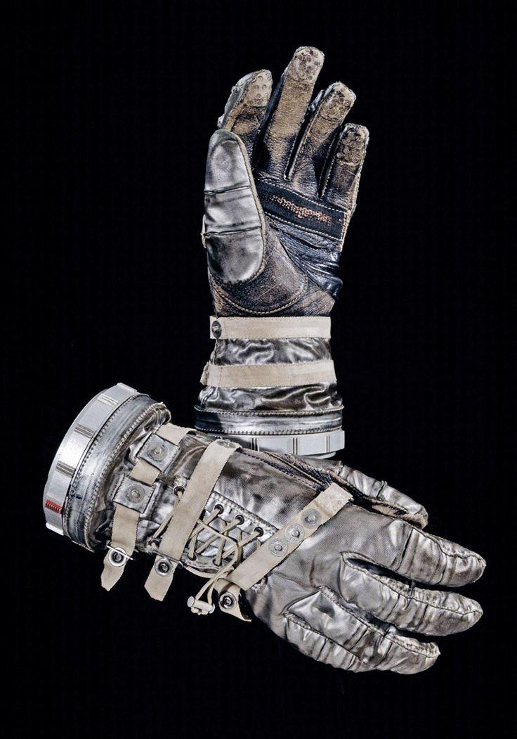 NASA Mercury Project, gloves