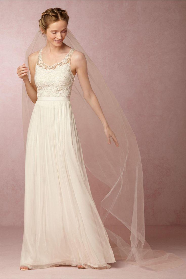 Stunning dress and veil.