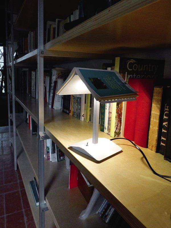 Whatu0027s Better Than A Good Book ... In The Right Light! Segnalibro Lamp.  Good BooksTable Lamps