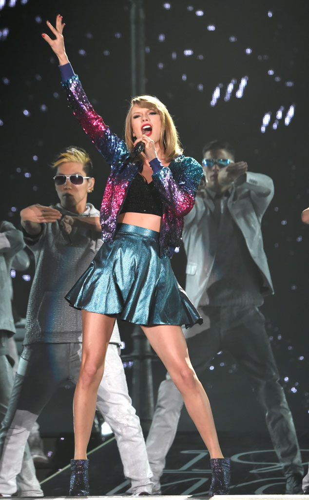 Taylor Swift to Debut Bad Blood Music Video at Billboard Music Awards! | E! Online Mobile