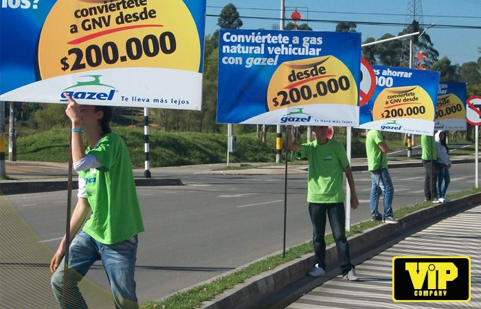BTL CAMPAÑA GAZEL RIONEGRO - COLOMBIA Totens BTL http://www.vip.com.co www.facebook.com/vipcompanysa