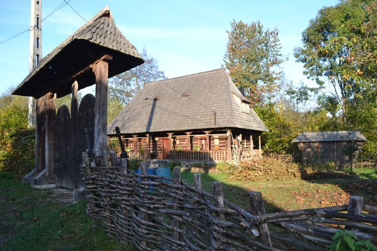 23 best images about maramures the land of wood on pinterest traditional shops and travel - Houses maramures wood ...