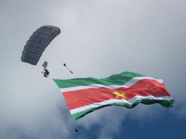 17 Best Ideas About Suriname Flag On Pinterest Yemen