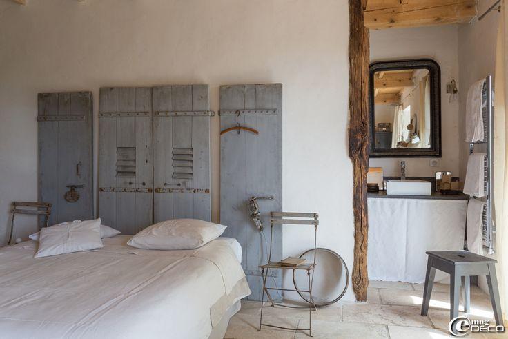 Les 25 meilleures id es concernant vieux volets sur for Decoration d une porte de chambre