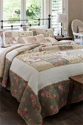 Buy Bedding Online at EziBuy | Bed linen includes sheet sets, duvet covers, blankets, quilts - Piper Bed cover