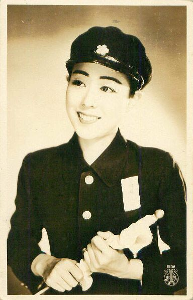 Takarazuka kagekidan 宝塚歌劇団 actress (japanese opera girl) in male student uniform - 1940s