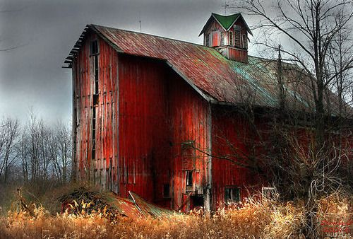 "Nothing says ""country"" like old barns.  What stories of the rural life they can tell....."