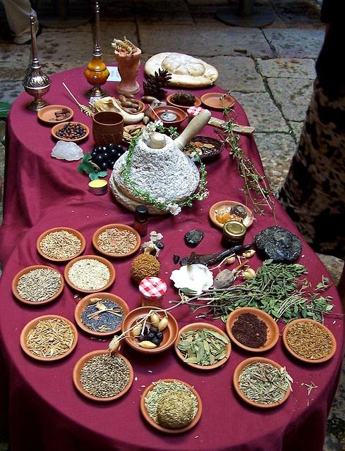 Taula parada a la romana    Roman food, Thermopolium (by KuanUm), Tarraco viva.