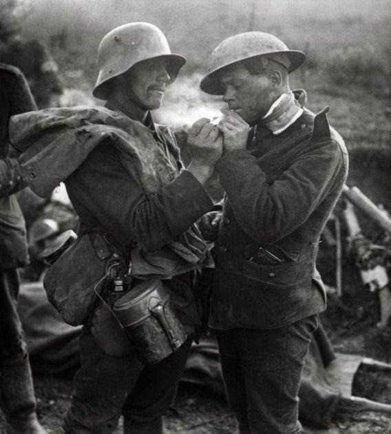 1914年12月25日ドイツ軍とイギリス軍のクリスマス休戦