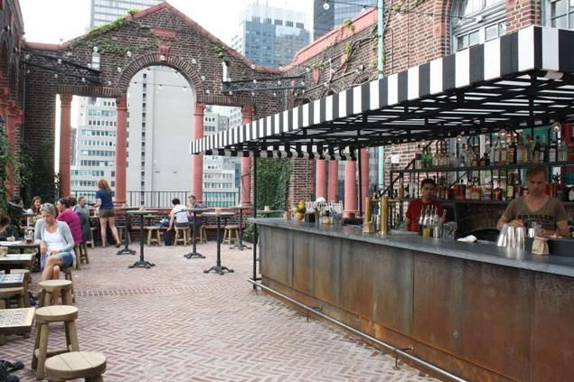 Rooftop bar at the Pod39