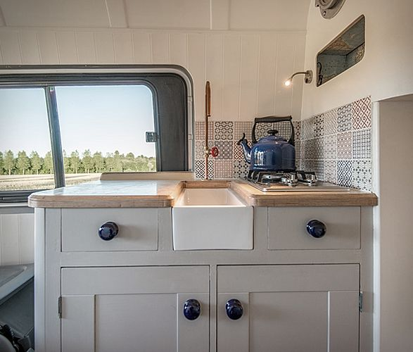 Jack Richens of This Moving House, first started his business by transforming a second-hand 2012 Mercedes Sprinter, where he and his family of four can comfortably sleep, dine and unwind during adventurous holidays on the road. The cool camper u