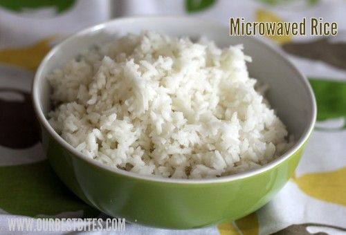 Cooking white rice- 3 ways... this is the way for me.. i just about always forget... Microwaved rice from Our Best Bites