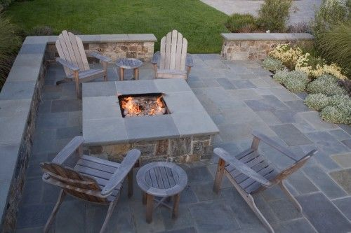fire pitFire Pits, Backyards Fire Pit, Traditional Landscapes, Stones Patios, Outdoor Fire Pit, Landscapes Architecture, Fire Pit Design, Outdoor Spaces, Firepit