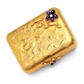 A SMALL RUSSIAN JEWELLED GOLD SAMORODOK PURSE