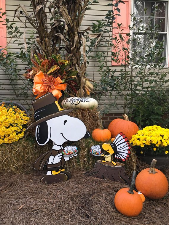 Snoopy Thanksgiving yard art Woodstock Happy by HashtagArtz