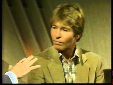 """John Denver on The Russell Harty Show - includes a great performance of """"Falling Out of Love""""! (1980's)     #RememberJohnDenver"""