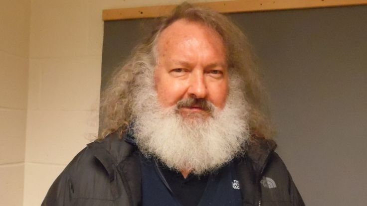 American actor Randy Quaid and wife Evi Quaid were arrested Friday night trying to enter the U.S. from Quebec, according to Vermont State Police.