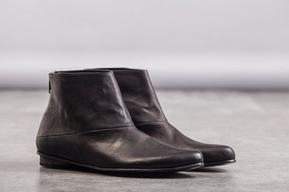 These classic leather boots feature a slightly pointed front a with back zip. Made from super soft nappa leather these boots are timeless and make the perfect go-to shoe. Wear with jeans or a tunic and tights.
