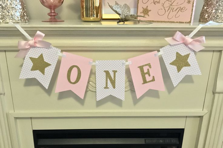 Twinkle Twinkle Little Star Banner,First Birthday Girl -First Birthday Banner-Pink and Gold 1st Birthday Girl by sparkleeverythingus on Etsy https://www.etsy.com/listing/495093038/twinkle-twinkle-little-star-bannerfirst