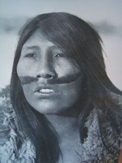 "Ángela Loij when she was young. ""Ángela Loij was the last surviving full-blooded Ona native woman of Tierra del Fuego. The Ona or Selknam tribe were decimated by loss of habitat, European diseases and the Selknam Genocide. She was studied by anthropologist Anne Chapman.[1] Loij was born at Sara, north of the Río Grande, where her father worked as sheep herder."""