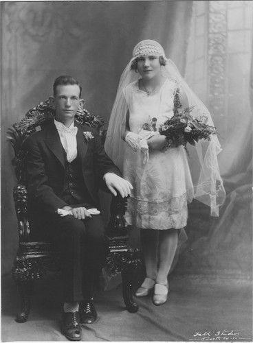 Gordon Mahood & Georgina Tonkin. Wedding Portrait