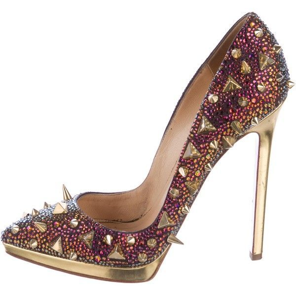 Pre-owned Christian Louboutin Pigalili Pot Purri Strass Pumps ($1,175) ❤ liked on Polyvore featuring shoes, pumps, gold, christian louboutin pumps, patent leather shoes, studded pointed toe pumps, christian louboutin shoes and studs shoes #christianlouboutinpumps