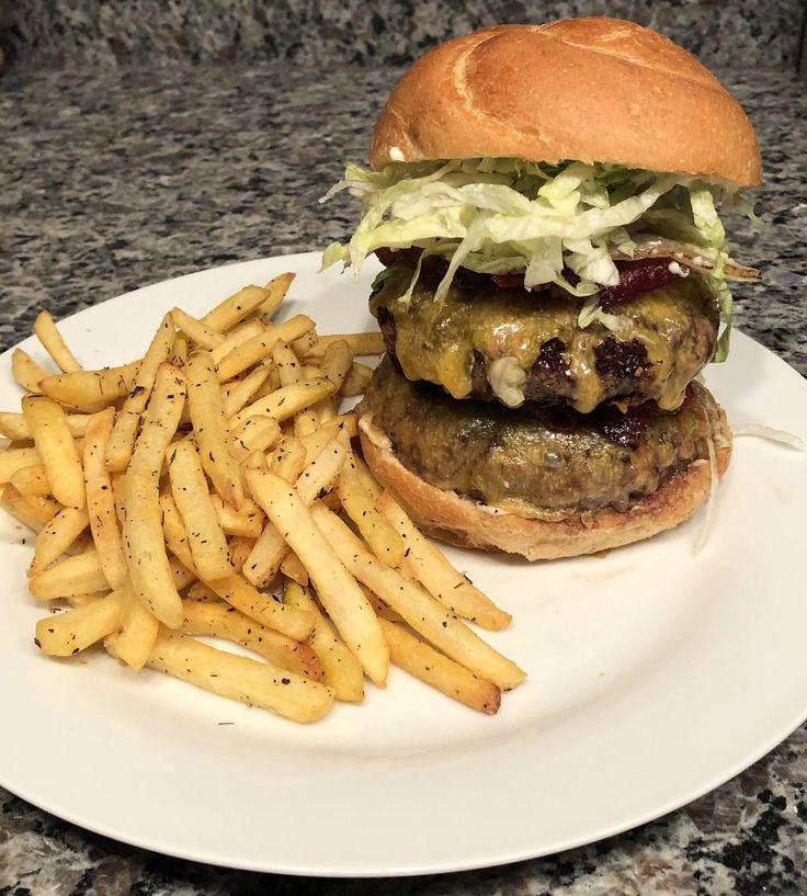 [homemade] Double bacon cheeseburger and fries https://i.redd.it/u83lpt0xarj01.jpg