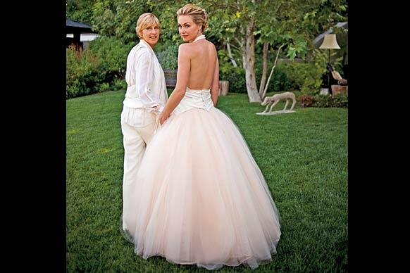 Portia de rossi wedding style pinterest celebrity for Portia de rossi wedding dress