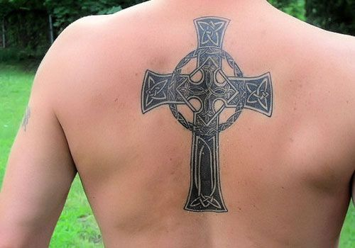 this seems to be a popular celtic cross for tattooing, and I see why, it's beautiful without being too chunky that other Celtic crosses get