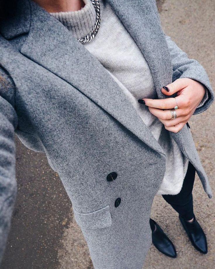 FWIS on a Saturday, featuring my favourite ZARA winter coat. Details >> kirstyeelizabeth.com