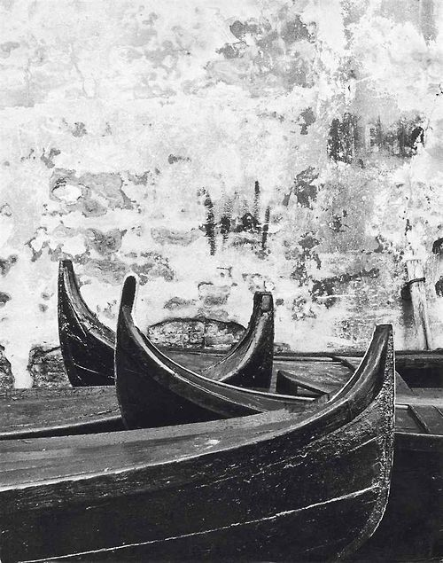 by Gianni Berengo Gardin Wall and boat, Venice, Italy, c. 1956.
