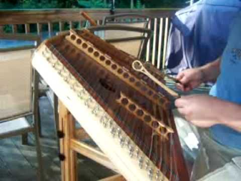 ▶ It Is Well With My Soul being played on the hammered dulcimer by Martin Moore - YouTube