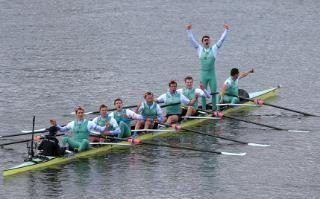 Cambridge win the Boat Race 2016