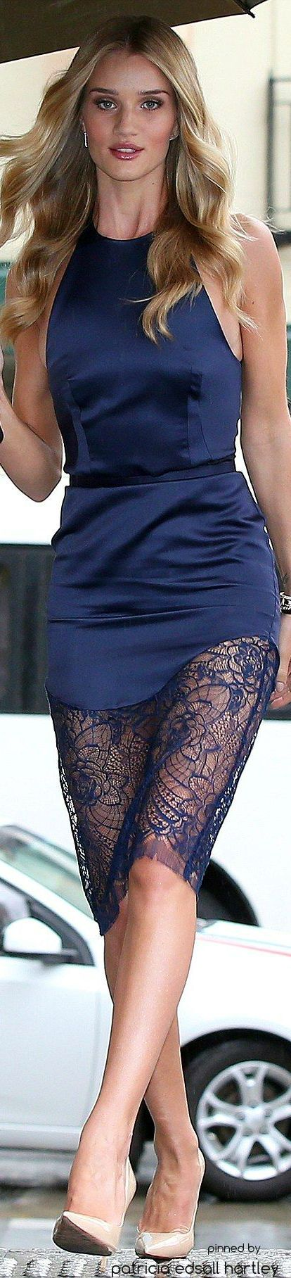 Rosie huntington transformers 3 vestido azul 3d