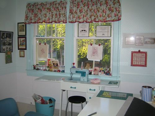 17 best images about sewing room organization ideas on Sewing room designs