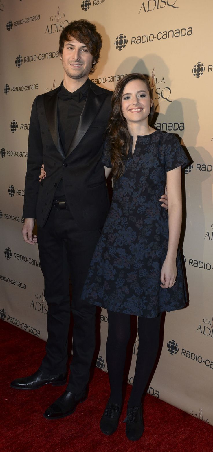 Love to see one of our favourite dresses walking the Red Carpet, the Emily dress by Bodybag by Jude is always a classic!