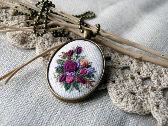 Embroidered roses necklace bridesmaid gift Pendant Cameo