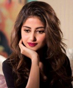 Actress Sajal Ali Wikipedia Biography & HD Wallpapers