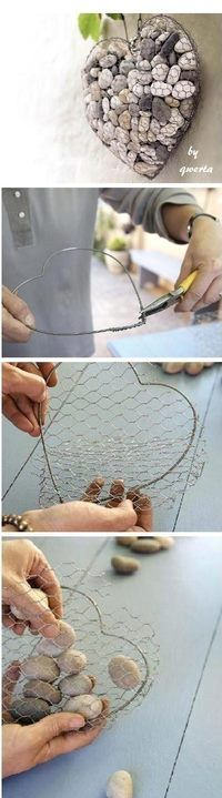 Chicken wire stone heart - So Cute!