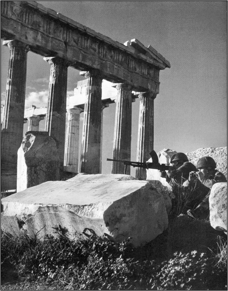 Δεκέμβρη του 1944: Dmitri Kessel