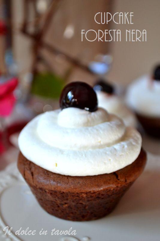Il dolce in tavola: Cup cake foresta nera