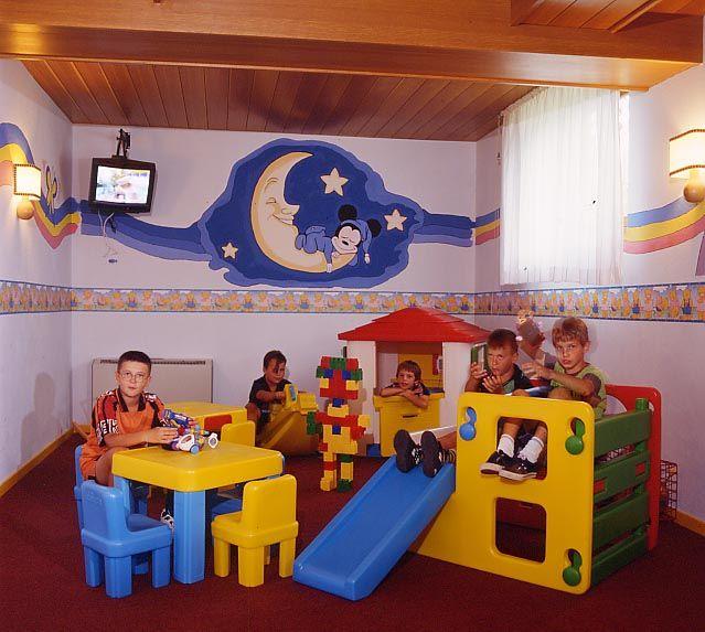 Andalo: montagna a misura di bambino - The Family Company